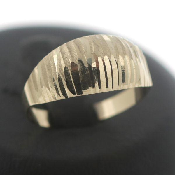 Solitär Ring 333 Gold 8 Karat Gelbgold Zirkonia Wert 150,-